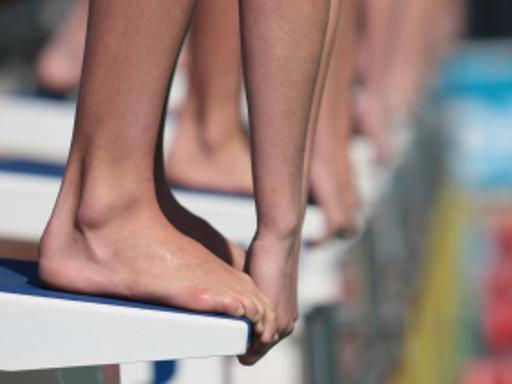 piedi nello sportivo