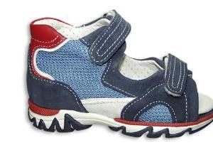 scarpa per plantare aperta