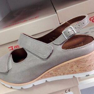 calzatura 18