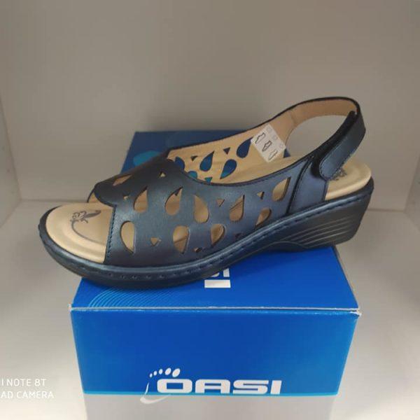 Calzature oasi blu forate